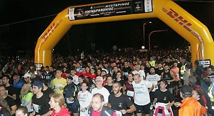 Τρέχει… νύχτα η Θεσσαλονίκη! (pics)