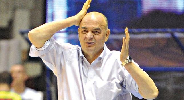 Βουγιόσεβιτς: «Να ζητήσει συγγνώμη ο Τόμιτς»