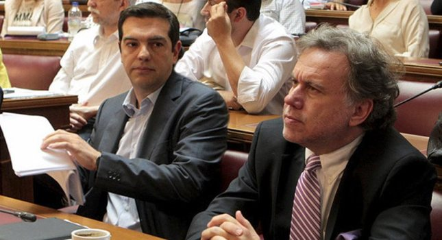 Βασική «εθνική» σύνταξη 384 ευρώ προτείνει ο Κατρούγκαλος