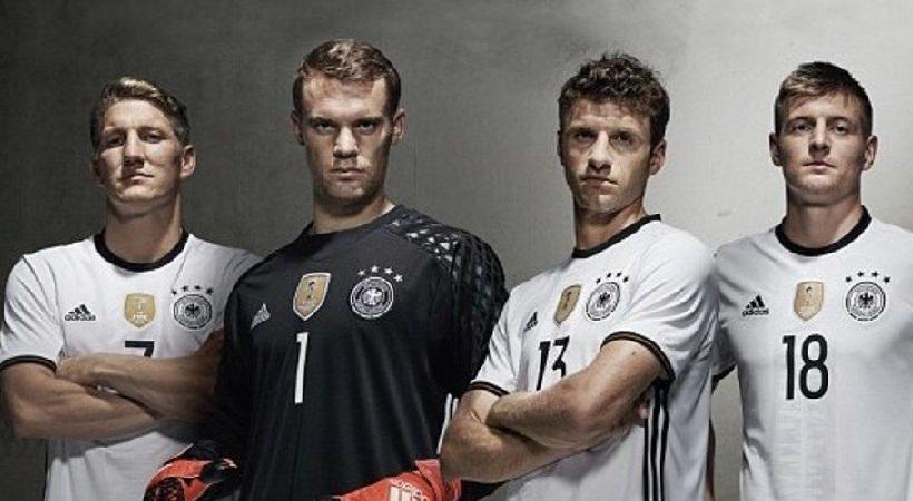 Αρχίζουν να… ντύνονται για το Euro 2016 (pics)