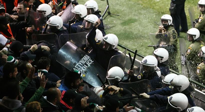 Συνελήφθησαν 16 οπαδοί για τα επεισόδια στο ντέρμπι