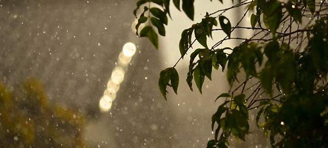 Ηλιος και βροχή τη Δευτέρα - Μικρή πτώση της θερμοκρασίας