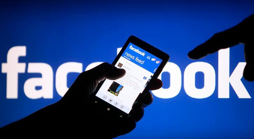 Απαγόρευση των social media για ανήλικους κάτω των 16 ετών μελετά η Κομισιόν