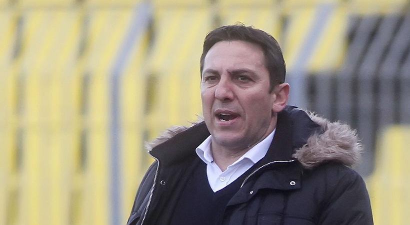 Παπαδόπουλος: «Να μείνει ο Βέλλιος, να έρθουν 4»