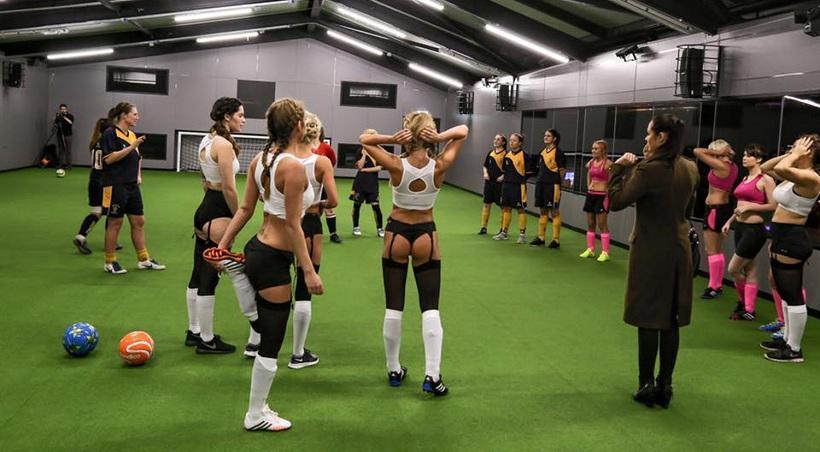 «Πόρτα» στο γυναικείο πρωτάθλημα με εσώρουχα από την FA (pics)