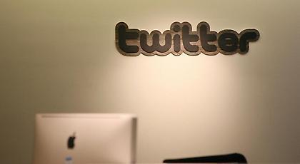 Πώς το Twitter «μεταμορφώνεται» σιγά-σιγά σε Facebook