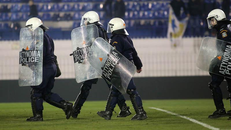 Ετοιμάζονται για αποχή από τα γήπεδα οι αστυνομικοί