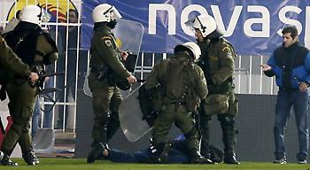 Πειθαρχική δίωξη από τον ποδοσφαιρικό εισαγγελέα σε ΑΕΚ και Ατρόμητο!