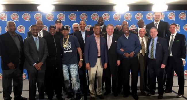 Στο Hall of Fame Σακ, Άιβερσον και Κέβιν Τζόνσον