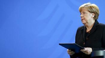 Η Μέρκελ υπερασπίζεται τη διατήρηση της Σένγκεν
