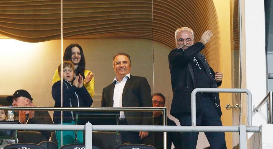 Ευεργέτης, αθλητικός διευθυντής και προπονητής: Ιβάν Σαββίδης!