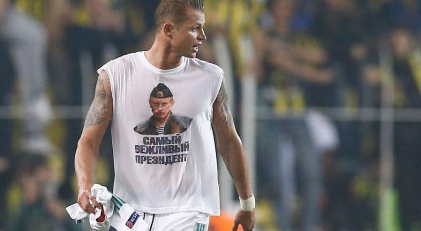Ρώσος ποδοσφαιριστής τιμωρήθηκε γιατί φορούσε φανέλα με τον Πούτιν
