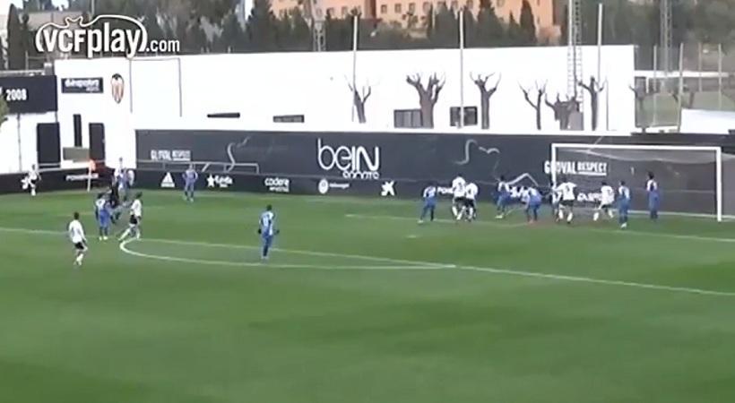 Τέτοιο γκολ δεν είχε βάλει ο Φιλ Νέβιλ… (video)