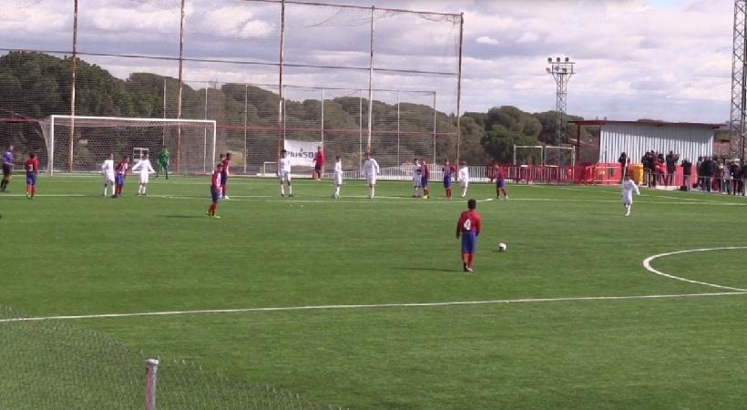 Απίστευτο γκολ από τον υιό Ασουνσάο! (video)