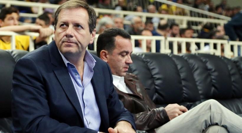 Σκέφτεται ντοκιμαντέρ της ΑΕΚ ο Αγγελόπουλος
