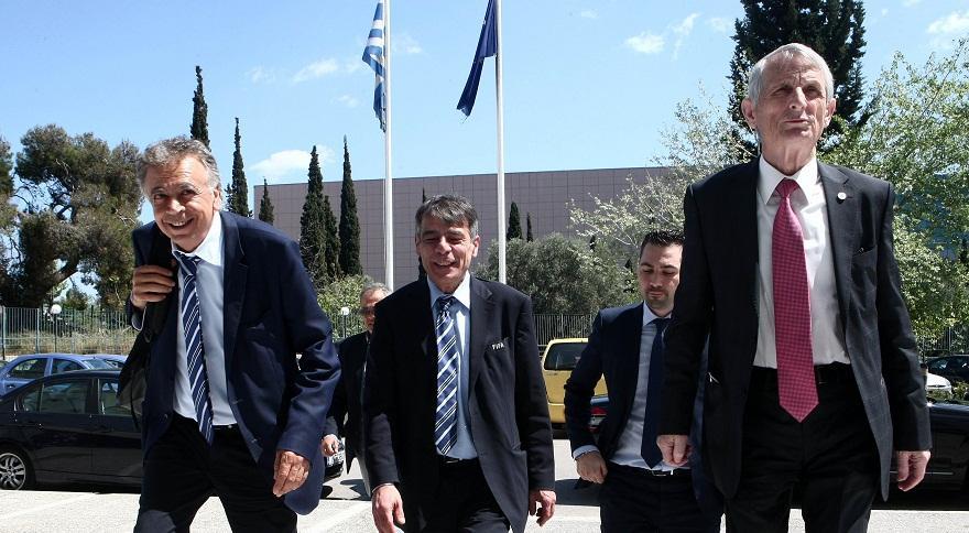 SOS: Πρόσω ολοταχώς για το ναυάγιο του Grexit!