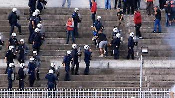 ΑΕΛ για αστυνομία: «Απάνθρωπα κτήνη της διμοιρίας των ΕΚΑΜ»