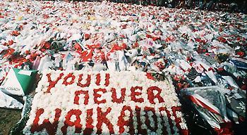 Και η Βιγιαρεάλ τιμά τους 96 νεκρούς της Λίβερπουλ!