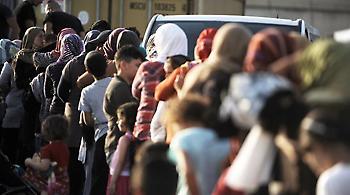 Στο νοσοκομείο με τροφική δηλητηρίαση 80 πρόσφυγες από τον Πειραιά