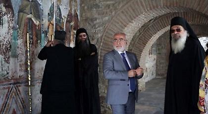 Ο Σαββίδης υποδέχθηκε τον Πούτιν στο Άγιο Όρος! (pics)