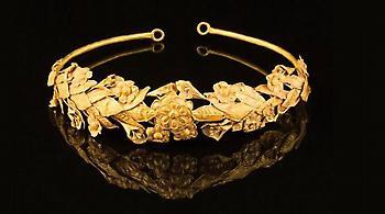 Βρήκαν ξεχασμένο αρχαίο ελληνικό στεφάνι μυρτιάς 2.300 ετών