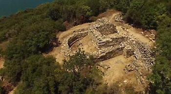 Ο τάφος του Αριστοτέλη από ψηλά -Εντυπωσιακά πλάνα (video)