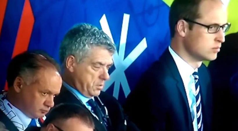 Μετά τη γυναίκα του, κοιμήθηκε σε αγώνα ΚΑΙ ο αντιπρόεδρος της UEFA (video)
