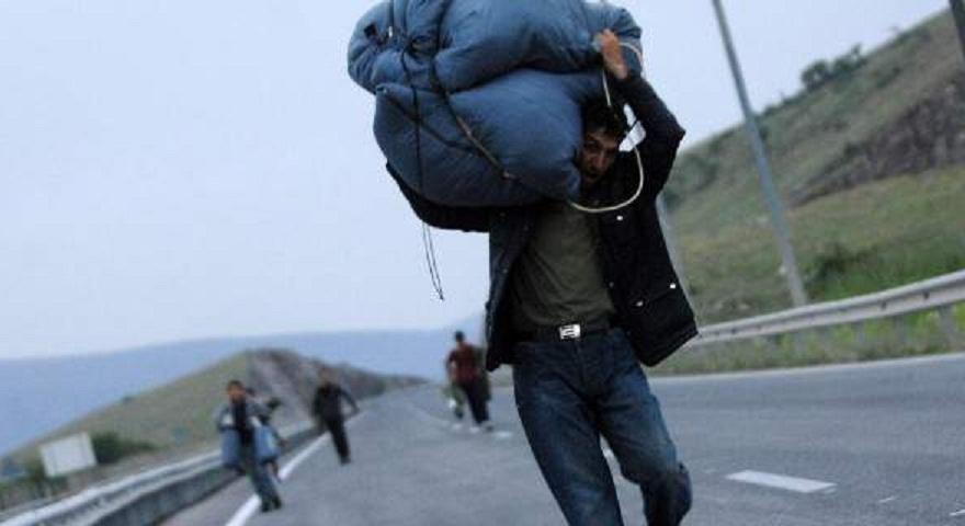 Οδηγός παρέσυρε και τραυμάτισε 3 πρόσφυγες-Ήταν σκόπιμο καταγγέλλουν οι τραυματίες