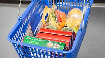 Πάτρα: Ανήλικες άρπαξαν τρόφιμα από σούπερ μάρκετ για να φάνε!