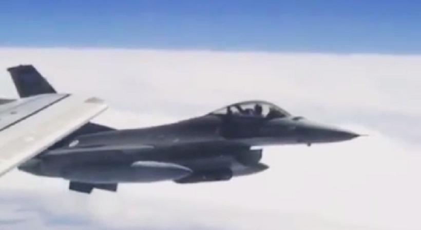 Εντυπωσιακό βίντεο: Τα F-16 που συνόδευαν την πτήση της Εθνικής Πορτογαλίας!