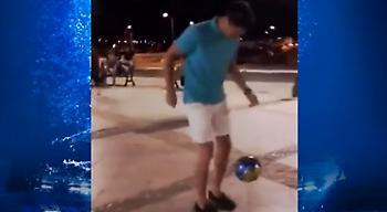 Ο Λεβαντόφσκι παίζει μπάλα με πιτσιρίκια στη Νάξο! (video)