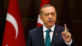 «Τσουνάμι» εκκαθαρίσεων από Ερντογάν: Μετά τον στρατό ήρθε η σειρά των ΜΜΕ
