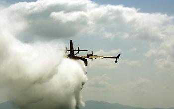 Μεγάλες διαστάσεις έχει πάρει η πυρκαγιά στη Βόρεια Εύβοια