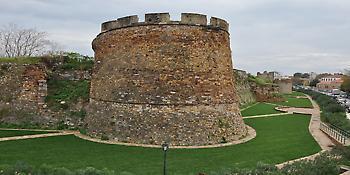 Στο ΕΣΠΑ η αποκατάσταση των τειχών του Κάστρου  Χίου