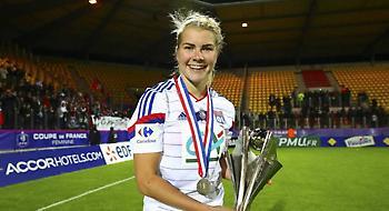 Η καλύτερη γυναίκα ποδοσφαιριστής