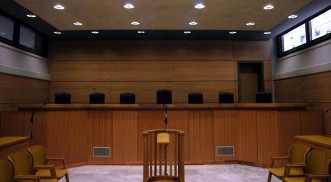Συνεχίζουν το… τρικ της καθυστέρησης οι κατηγορούμενοι της «εγκληματικής οργάνωσης»