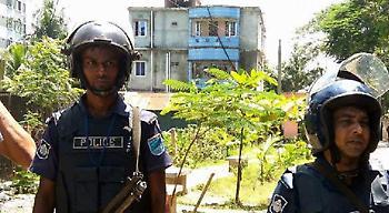 Μαλαισία: Μορφωμένοι και πλούσιοι οι τζιχαντιστές που επιτέθηκαν σε καφέ στην Ντάκα