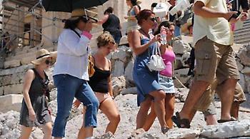 Αλλάζει η διαδικασία έκδοσης εισιτηρίων για γκρουπ τουριστών στην Ακρόπολη