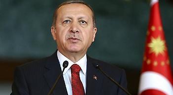 Ερντογάν προς ΗΠΑ: Θα συνεχίσουμε να χτυπάμε τους Κούρδους στη Συρία
