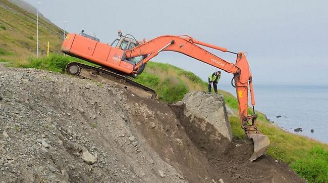Ισλανδία: Εταιρία δημοσίων έργων ξέθαψε βράχο για να ηρεμήσει... νευριασμένα ξωτικά!