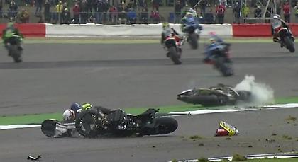 Σοκαριστικό ατύχημα στο Moto GP (pics/video)