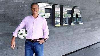 Ανέλαβε πόστο στη FIFA ο Φαν Μπάστεν