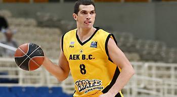 Μιλόσεβιτς στο sportfm.gr: «Ακόμη ψηλότερα φέτος με την ΑΕΚ»