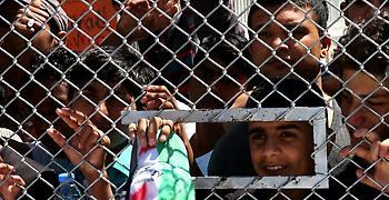 Σχεδόν διπλάσιους πρόσφυγες από τη χωρητικότητά τους έχουν τα κέντρα στα νησιά