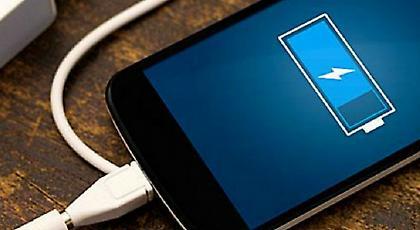 Επτά μυστικά για να μην τελειώνει γρήγορα η μπαταρία του κινητού σας!