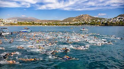 Με απόλυτη επιτυχία, ο μεγαλύτερος κολυμβητικός αγώνας στη Βουλιαγμένη