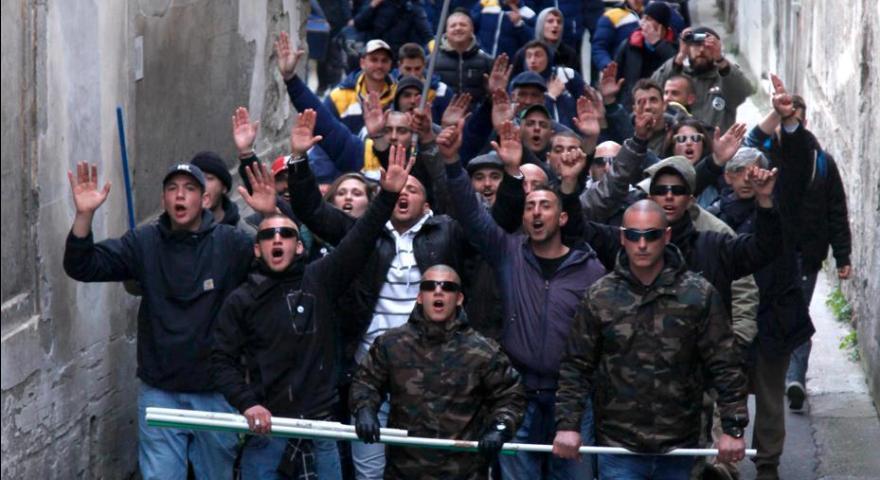 Οπαδοί της Νάπολι μαχαίρωσαν δύο φίλους της Ντιναμό Κιέβου