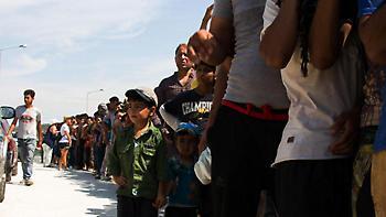 WSJ: Χάθηκαν 13.000 πρόσφυγες από χώρους φιλοξενίας στην Ελλάδα