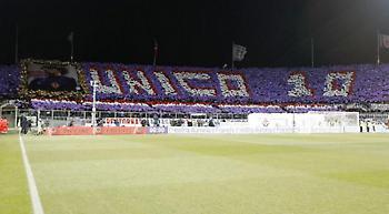 Το εκπληκτικό coreo των tifosi της Φιορεντίνα στο ματς με τη Γιουβέντους (video)