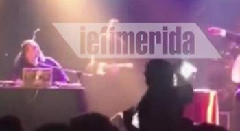Η Ζωή Κωνσταντοπούλου χορεύει πρώτο τραπέζι πίστα: «Λένε για μένα...» (video)